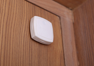 ARCHOS Smart Home - ARCHOS Movement Tag – monitor doors and windows